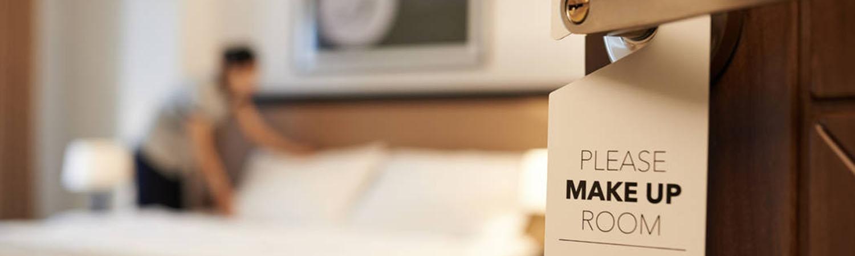 O CONTROLO E A GESTÃO DO HOUSEKEEPING NA HOTELARIA